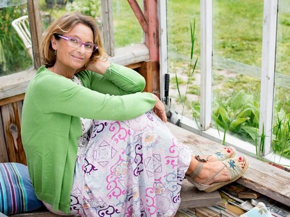 Suzanne-Reuter-(4)